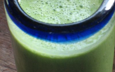 GRASSHOPPER SMOOTHIE SUPERFOOD GREEN DRINK